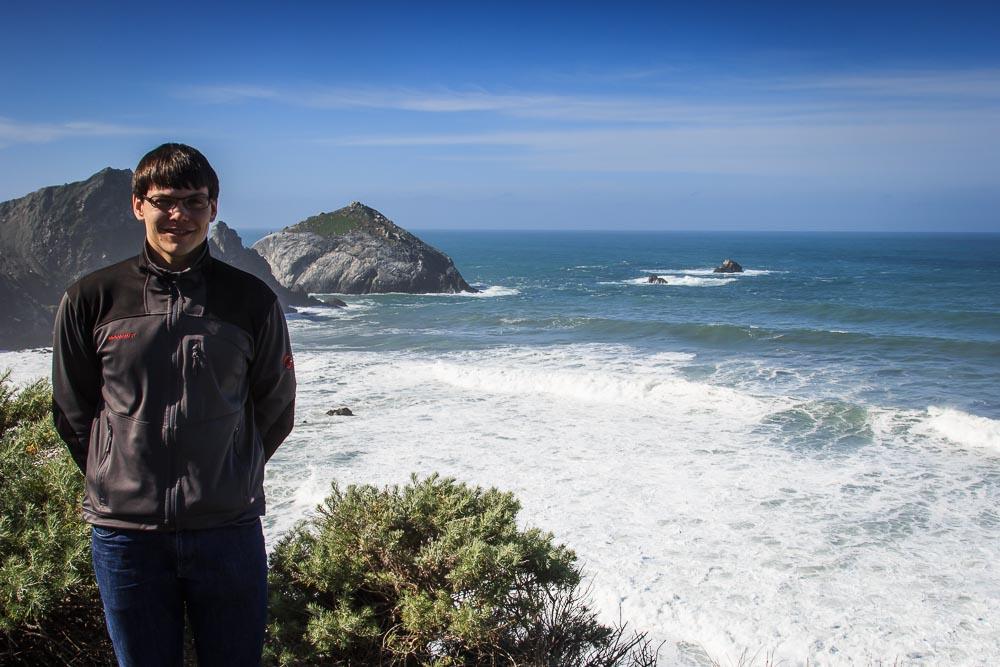 Christian mit Pazifik im Hintergrund.
