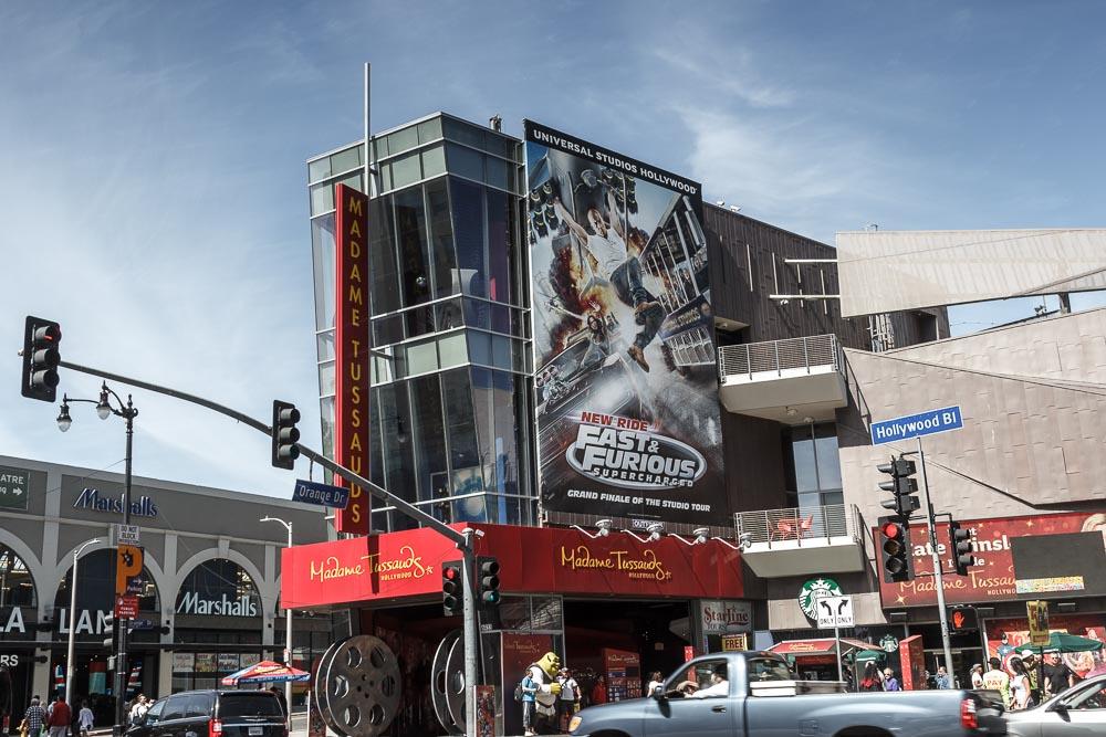 Werbung für Fast & Furious auf dem Gebäude Madame Tussauds in Los Angeles.