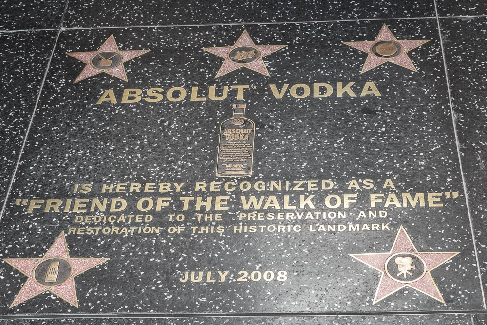 Absolut Vodka als Tafel auf dem Walk of Fame in Hollywood