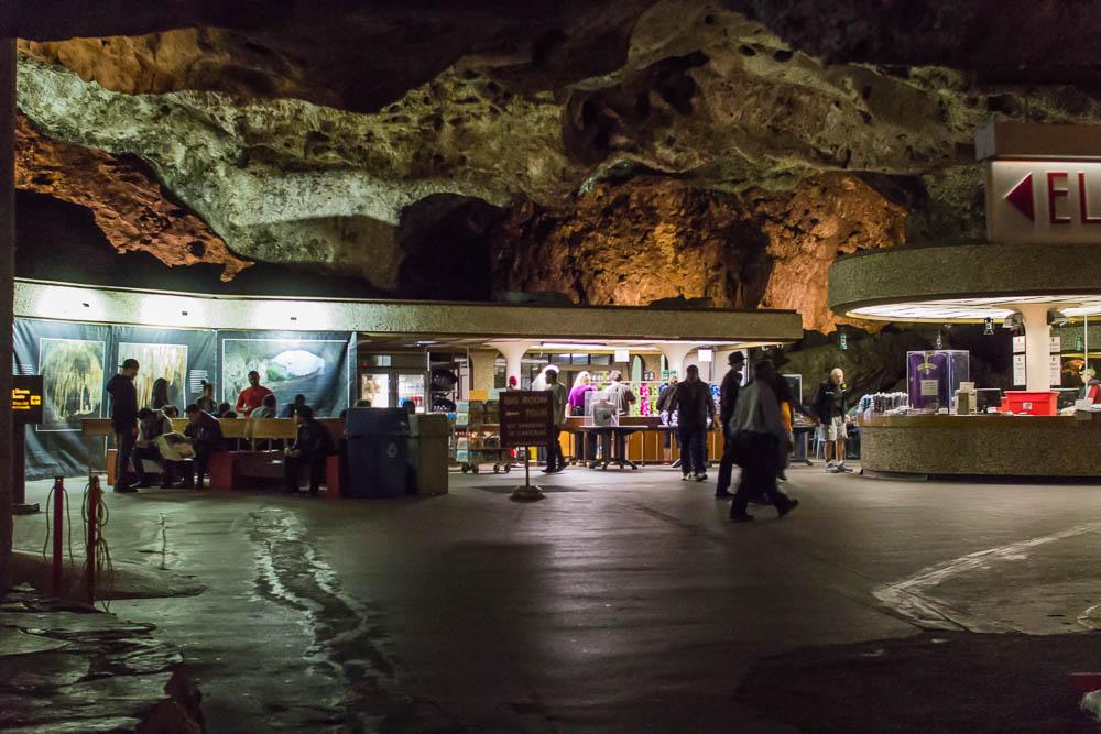 Nahezu ein Einkaufszentrum in den Tiefen der Carlsbad Caverns