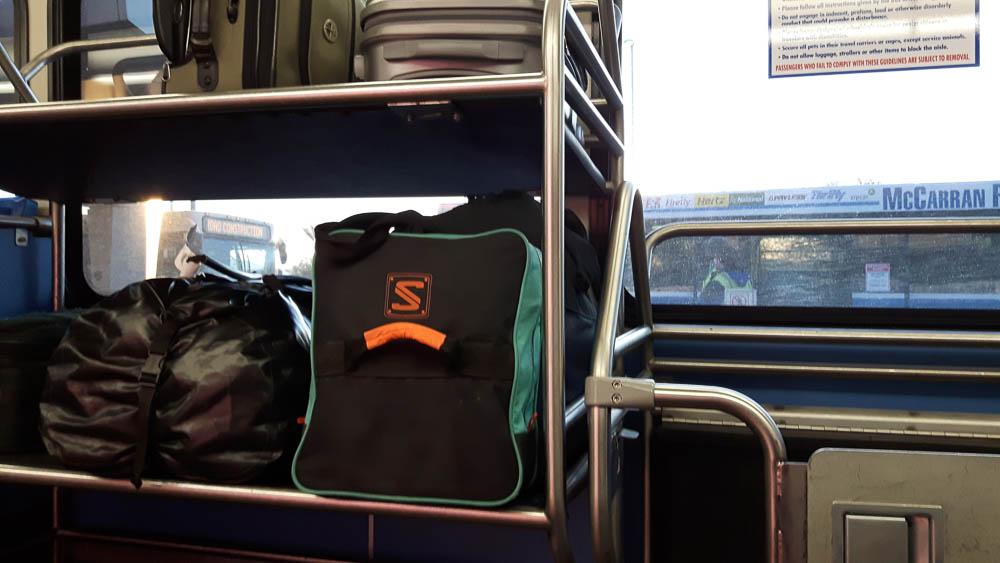 Unser Reisegepäck im Shuttlebus zum Flughafen, denn heute war es soweit und wir verlassen die USA