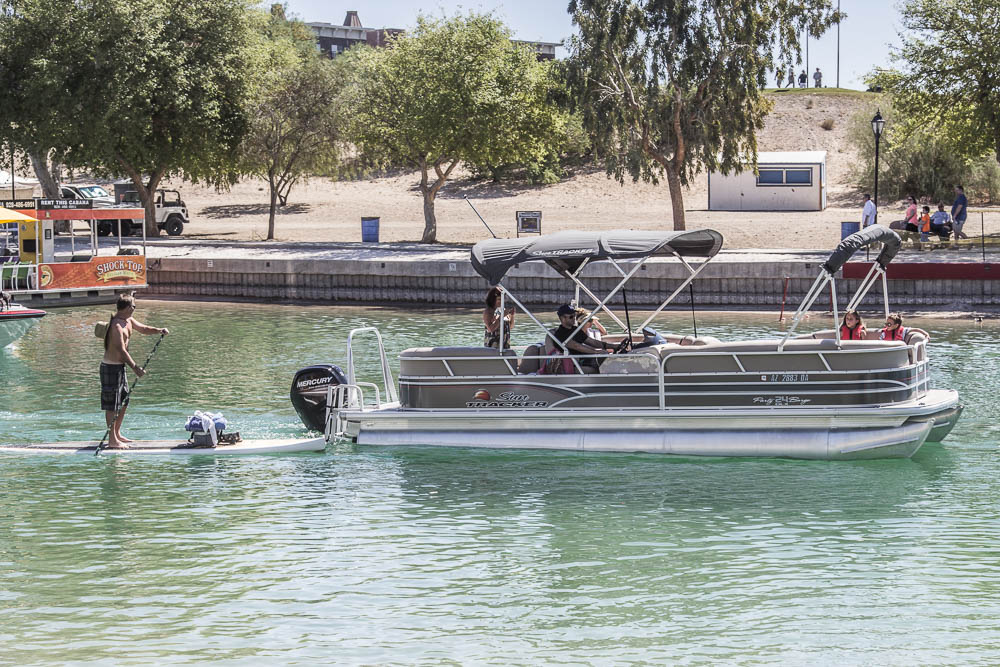 Flussszene im Sommer in Lake Havasu City