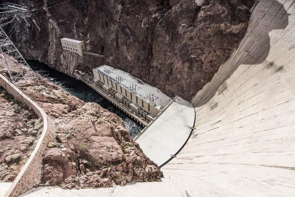 Blick hinab am Hoover Dam