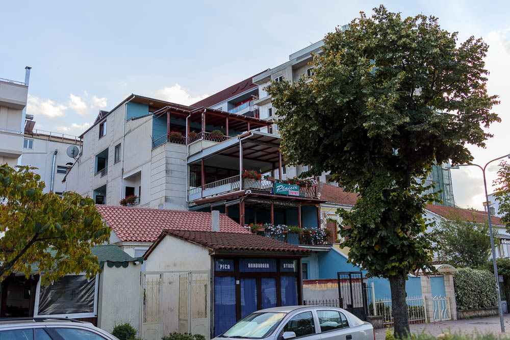 Blick auf das Apartment Plaisir in Pogradec am Ohridsee in Albanien.