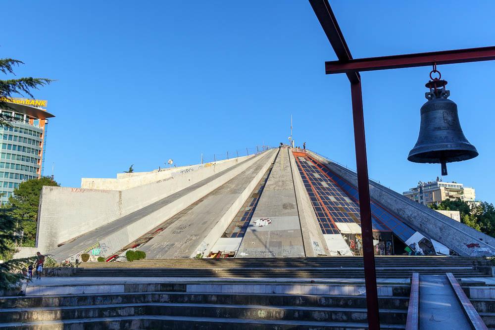 Pyramide Enver Hoxhas in Tirana