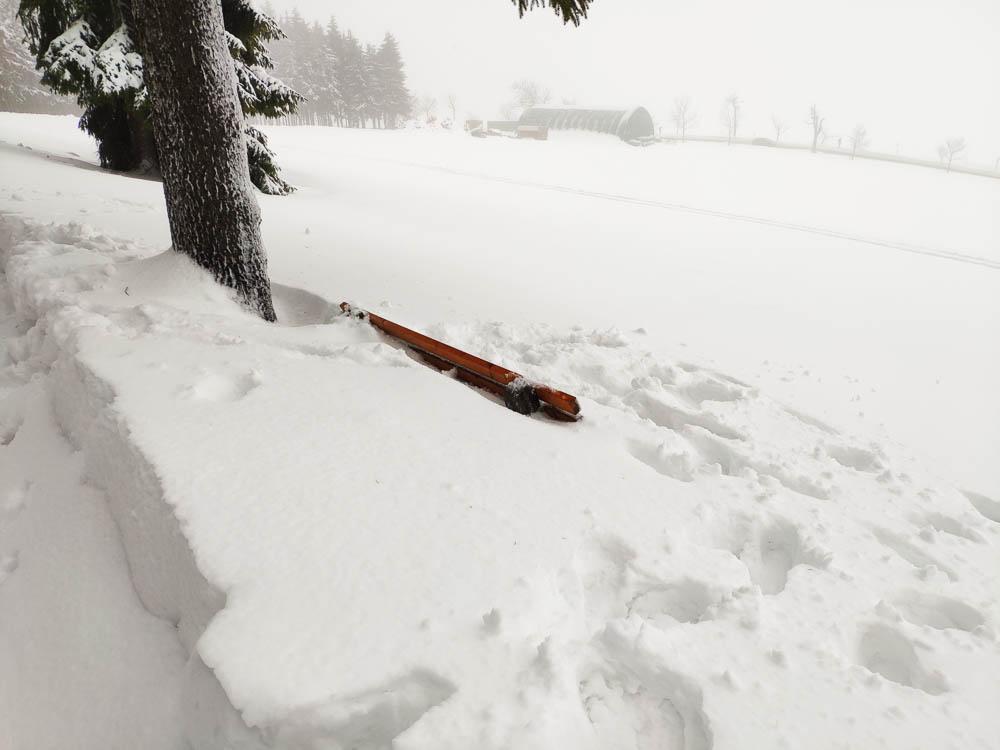 Schnee am Fichtelberg in Sachsen
