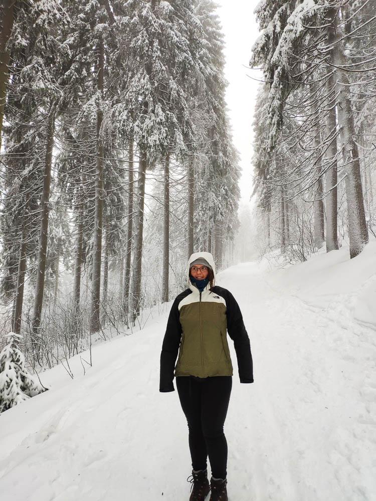 Pauline im Winter auf dem Fichtelberg
