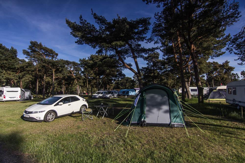 Zelt mit Honda Civic