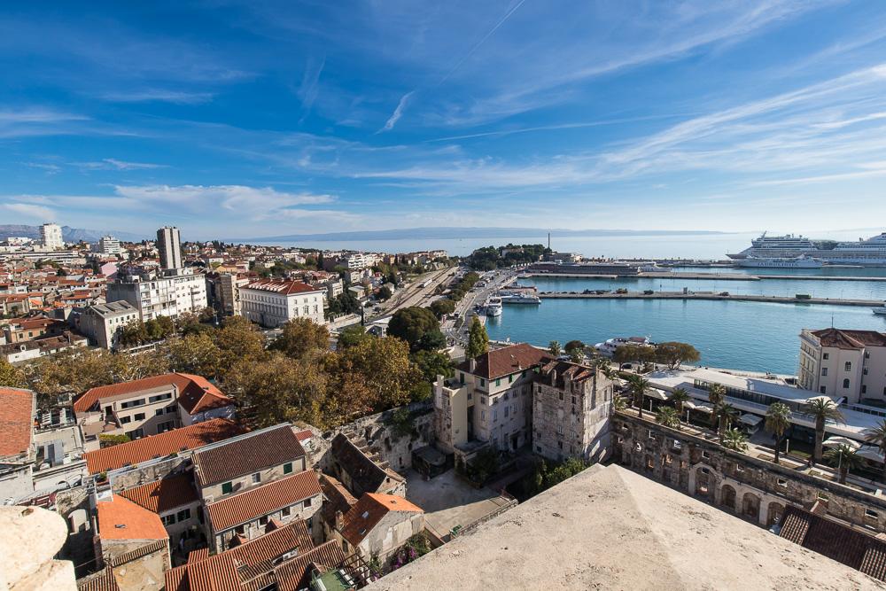 Aber die Mühe lohnt sich - Toller Blick auf den Hafen und über die Stadt Split