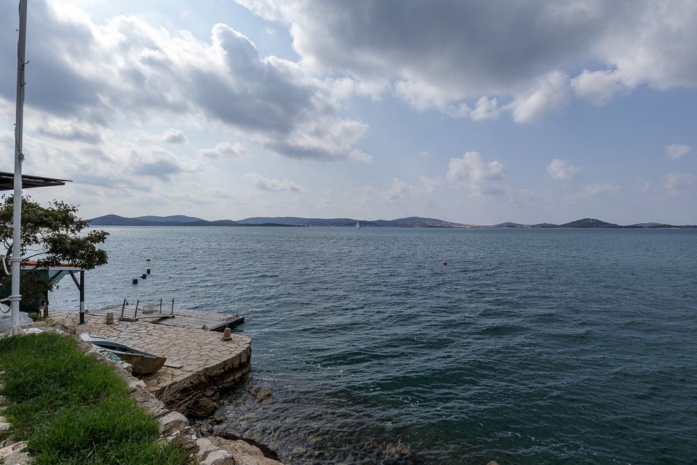 Endlich waren wir am Ziel. Von Sachsen nach Dalmatien und wir warfen erste Blicke auf das blaue Mittelmeer.