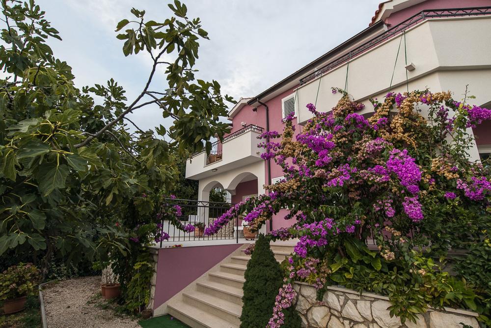 Die Villa La Mirage in Kroatien - Oben links sieht man unseren Balkon