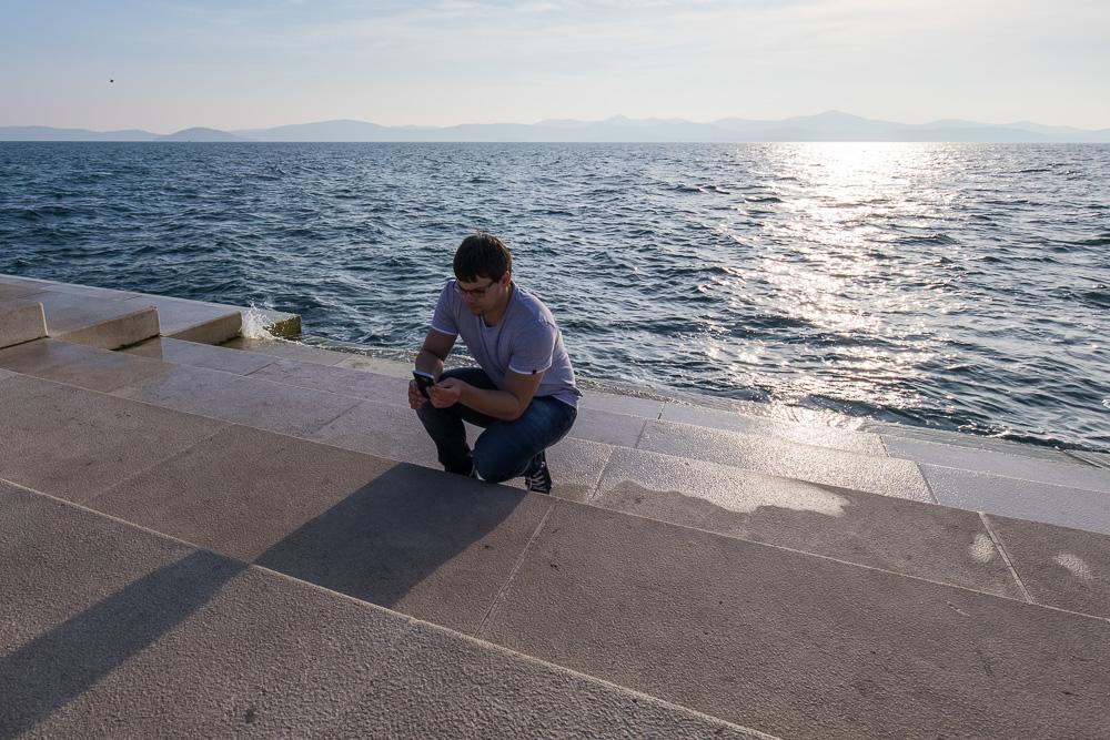 Christian an der Meeresorgel in Zadar