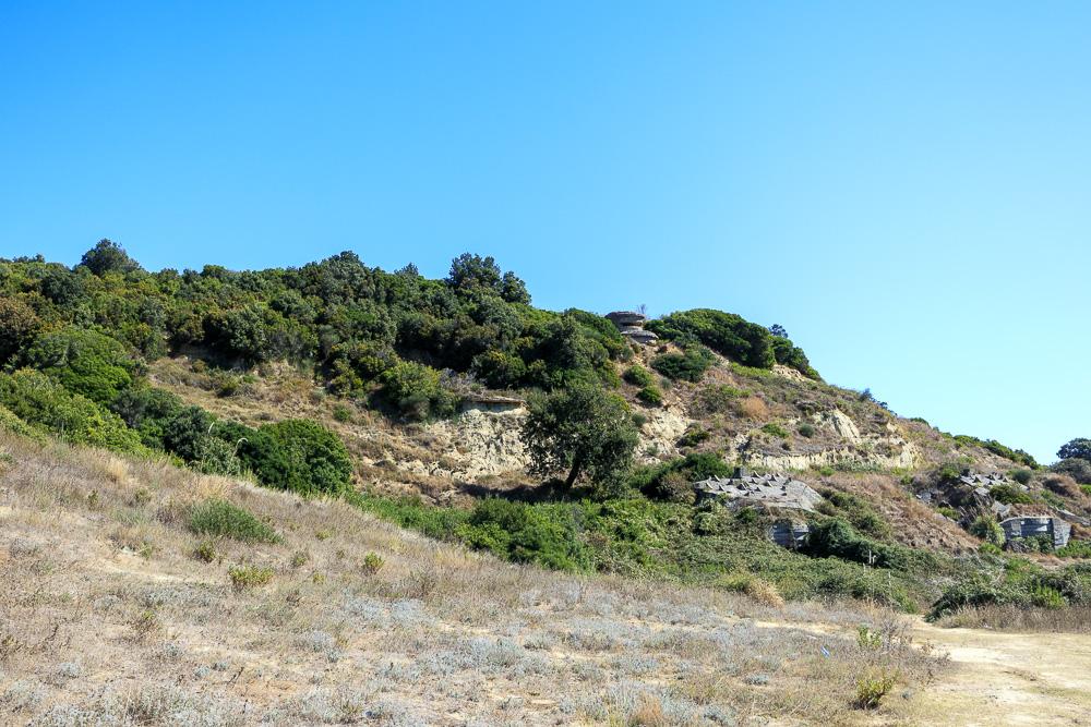 Es gibt kleine, aber auch große Bunkeranlagen am Kap