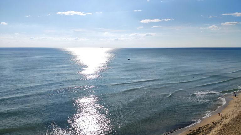 Blick auf das Schwarze Meer vom Balkon des Hotels Sol Luna Bay aus