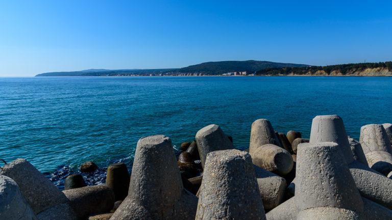 Schwarzes Meer an der Marina Byala beim Geocaching in Bulgarien