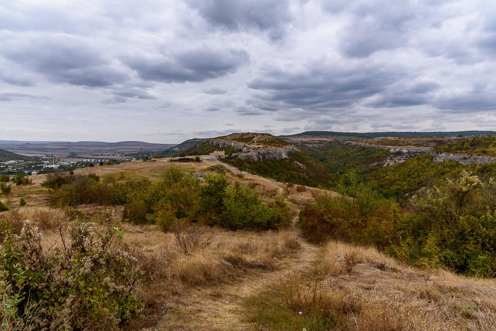 Die Aussicht von der Festung Ovech aus sind bei bewölktem Himmel besonders fotogen