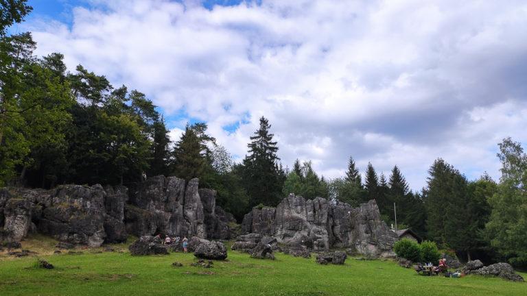 Kemitzenstein mit Blick auf die Felsformation
