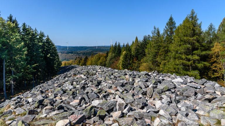 An der höchsten Stelle am Ringwall von Otzenhausen