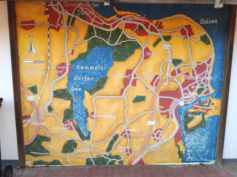 Große Karte der Umgebung auf dem Campingplatz Travemünde Ivendorf. Das Dorf selbst findet man unten rechts auf der Karte.