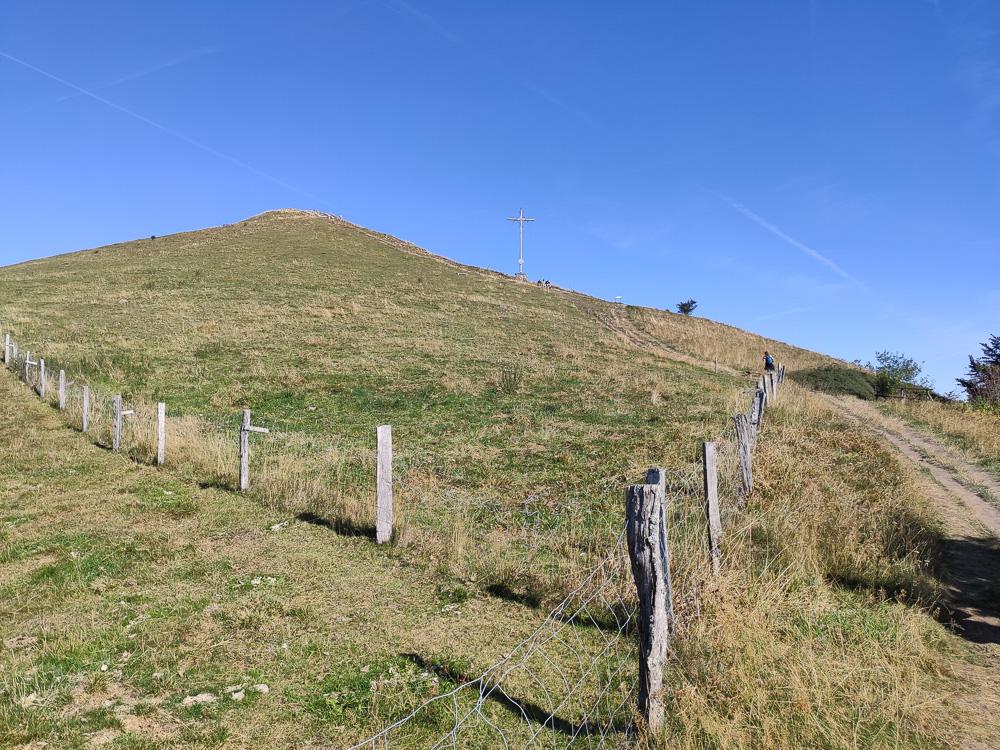 Vom Pferdskopf ging es relativ steil bergab
