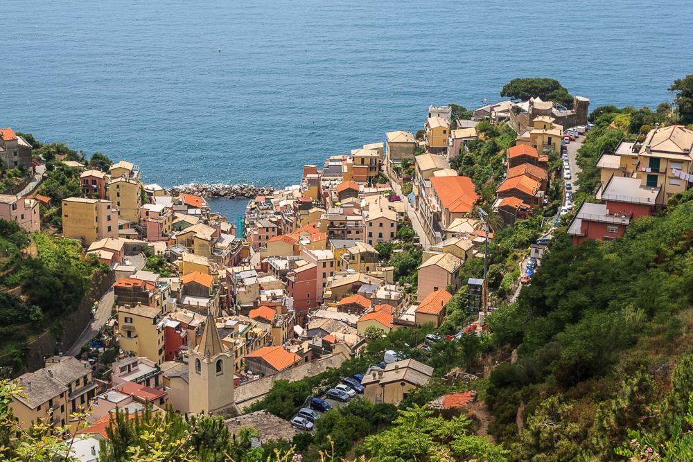 Blick auf Manarola in Italien
