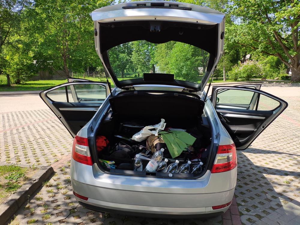 Besonders imponiert hat uns das üppige Platzangebot der Skoda Ocativa Limousine bei insgesamt noch kompakten Abmessungen.