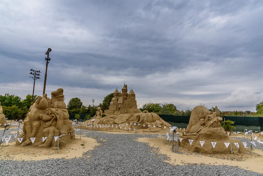 Die schön gestalteten Sandskulpturen des Sand Fest Burgas im Sea Garden