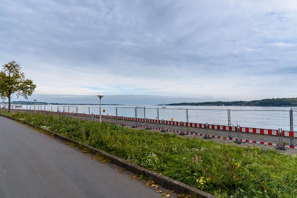Unser Spaziergang durch Kiel beginnt entlang der Kiellinie an der Kieler Förde