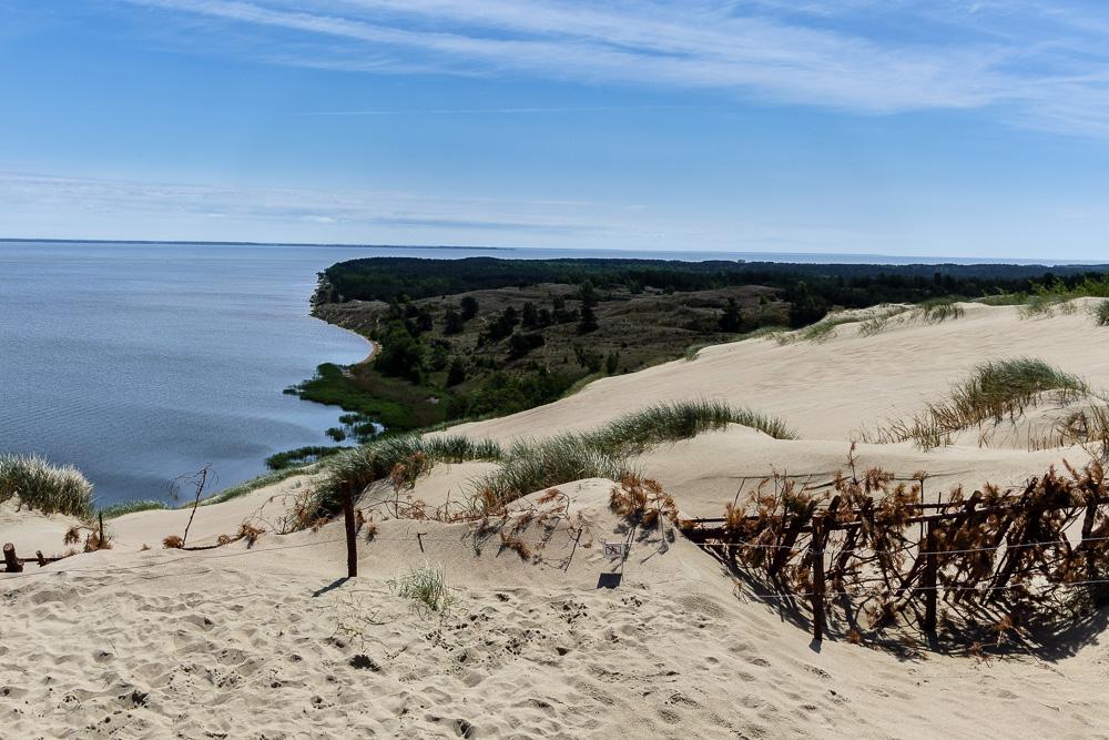 Dünen auf der Kurischen Nehrung und Ausblick auf die Ostsee